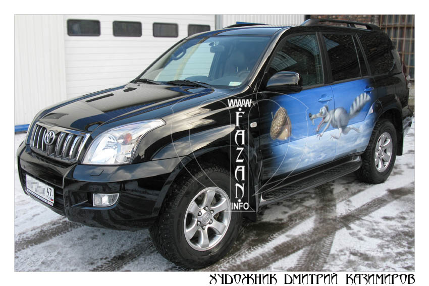 Аэрография белки Скратта на автомобиле Toyota Land Cruiser 200. Фото 01.