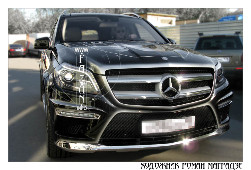 Аэрография на черном автомобиле Mercedes Benz GL350. Фото 12.